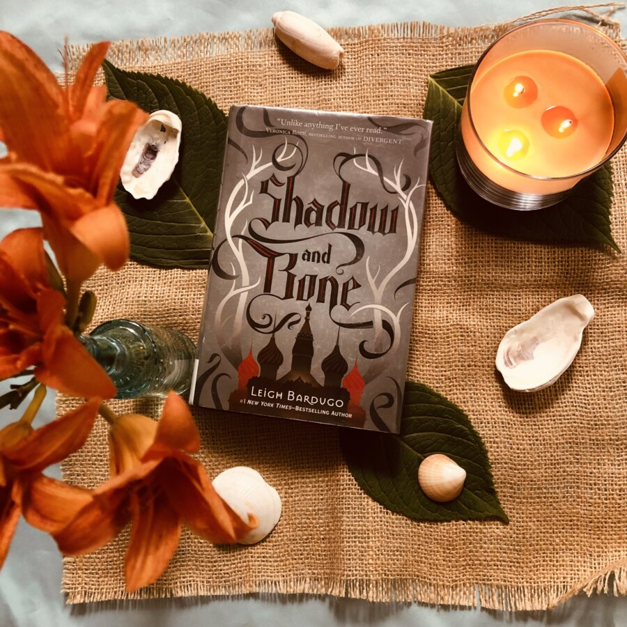 YA Fantasy Book Review: Shadow and Bone/Siege and Storm